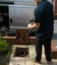 Clearing blocked drains in Upper Norwood